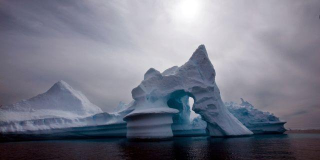 Isberg utanför Grönlands kust. John Mcconnico / TT / NTB Scanpix
