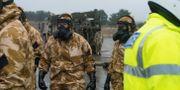 Medlemmar i Falcon Squadron tränar inför att de ska sättas in i Salisbury, där vidare undersökningar ska se. CPL Pete Brown / TT / NTB Scanpix