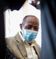 Paul Rusesabagina under måndagens domstolsförhandlingar. TT NYHETSBYRÅN