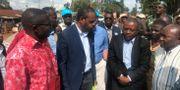Hälsominister Oly Ilunga med en delegation. SOCIAL MEDIA / TT NYHETSBYRÅN