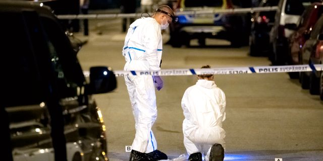 En man sköts till döds på von Rosens väg nära Rosengårds centrum den 17 juli 2018.  Johan Nilsson/TT / TT NYHETSBYRÅN