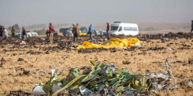 Arkivbild: Räddningsarbetare på platsen för olyckan . Mulugeta Ayene / TT NYHETSBYRÅN/ NTB Scanpix