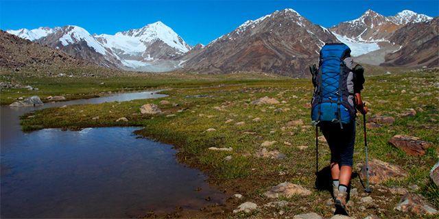 Innan du ger dig iväg på vandring är det viktigt att du reder ut hur stor volym ryggsäcken ska ha. Colourbox