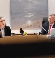 Domarna Karin Eriksson och Ulf Walther. Stina Stjernkvist/ TT / TT NYHETSBYRÅN