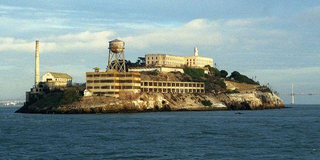 Alcatraz utanför San Francisco var ett av världens mest rymningssäkra fängelser. Nu kan du testa flyktvägen. FRED SEELIG / TT / NTB Scanpix