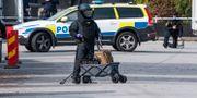 Nationella bombskyddet på plats vid ett misstänkt farligt föremål i Malmö 15 oktober. Johan Nilsson/TT / TT NYHETSBYRÅN