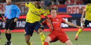Ryan Johansson i rött under en match mot Arsenal i juli. Marcio Jose Sanchez / TT NYHETSBYRÅN/ NTB Scanpix