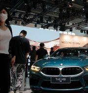 BMW M8 på bilmässa i Peking i september 2020. Andy Wong / TT NYHETSBYRÅN