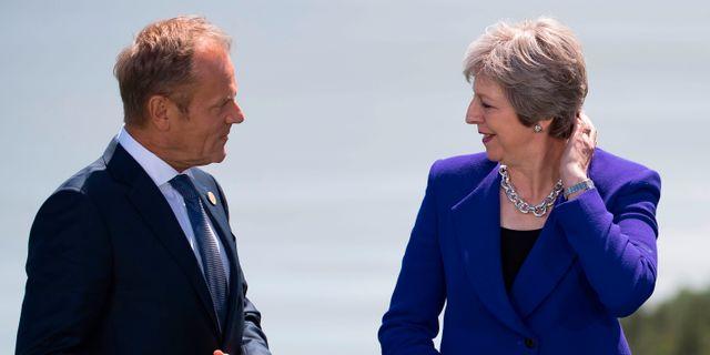 Europarådets ordförande Donald Tusk och Storbritanniens premiärminister Theresa May. IAN LANGSTON / POOL
