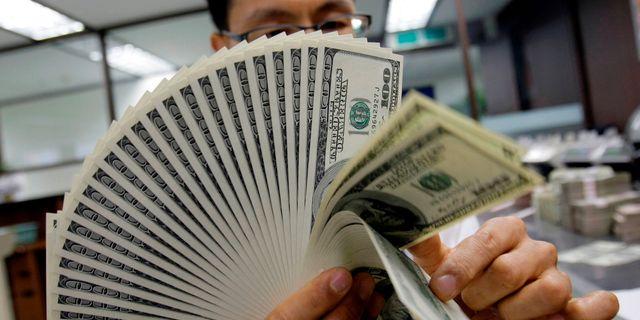 Arkivbild på kontanter. Lee Jin-man / TT / NTB Scanpix