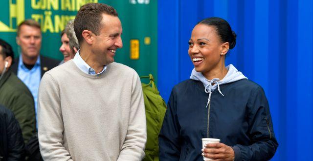 Tomas Tobé och Alice Bah Kuhnke i samband med en debatt inför EU-valet 2019. Henrik Montgomery/TT / TT NYHETSBYRÅN