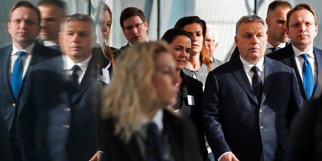 Viktor Orbán när han idag anlände till EPP-mötet i Bryssel. Francisco Seco / TT NYHETSBYRÅN/ NTB Scanpix