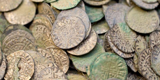 En anställd vid Kungliga Myntkabinettet stal från sin arbetsplats och sålde mynten vidare till en mynthandlare. Nu står båda inför rätta. Arkivbild. Stig-Åke Jönsson / TT / TT NYHETSBYRÅN