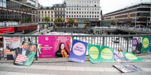 Valaffischer inför EU-valet på söndag. Henrik Montgomery/TT / TT NYHETSBYRÅN