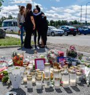 Minnesplats för 12-årig flicka som sköts ihjäl i Botkyrka. Stina Stjernkvist / TT NYHETSBYRÅN