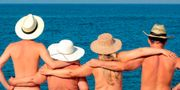 Nya bokningssajten NaturistBnB vet var det är okej att kasta kläderna på semestern. NaturistBnb