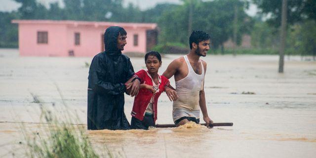 Översvämningar i distriktet Birgunj Parsa, 200 kilometer söder om Katmandu.   - / AFP