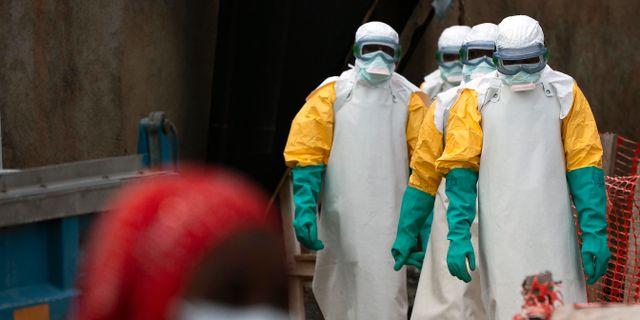 Vårdpersonal på ebolamottagning i Kongo. Arkivbild.  Jerome Delay / TT NYHETSBYRÅN