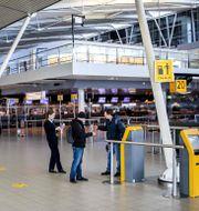 Arkivbild: Flygplatsen Schiphol i Amsterdam REMKO DE WAAL / TT NYHETSBYRÅN