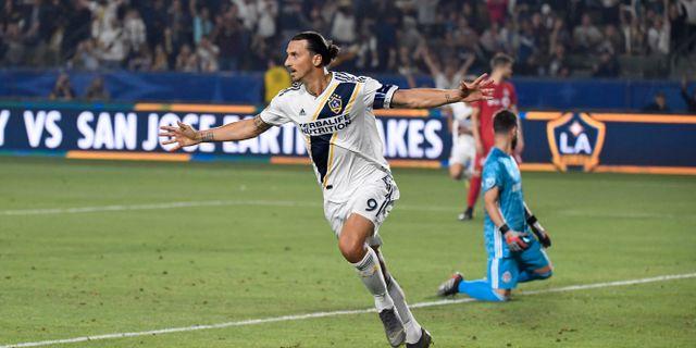 Zlatan Ibrahimovic stod för båda målen i matchen mot Toronto FC.  Kirby Lee / TT NYHETSBYRÅN