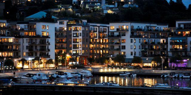 Swedbank bopriserna ner med fem procent till
