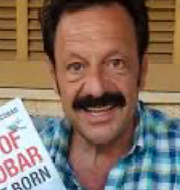 Phillip Witcomb/Roberto Sendoya Escobar och Pablo Escobar Facebook/TT