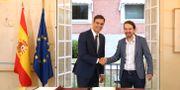 PSOE-ledaren Pedro Sánchez tillsammans med Podemos-ledaren Pablo Iglesias i oktober 2018. Fernando Calvo / TT NYHETSBYRÅN