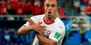Xherdan Shaqiri efter sitt mål mot Serbien. GONZALO FUENTES / BILDBYR N