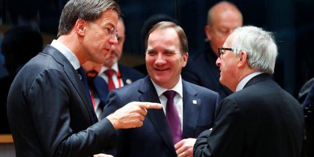 Mark Rutte, Jean-Claude Juncker och Stefan Löfven. FRANCOIS LENOIR / X01164
