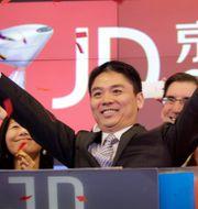 Kinesiska jd.com listas på Nasdaq.  Mark Lennihan / TT / NTB Scanpix