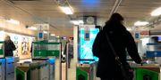 Arkivbild: Spärrarna vid Fridhemsplans tunnelbanestation.  Hasse Holmberg / TT / TT NYHETSBYRÅN