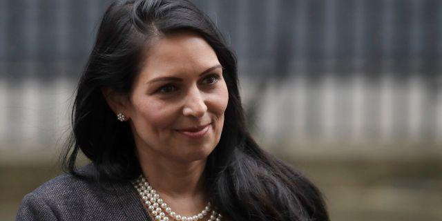 Storbritanniens inrikesminister Priti Patel.  Matt Dunham / TT NYHETSBYRÅN