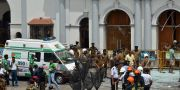 Ambulans utanför St. Anthony's Shrine i Colombo.  ISHARA S. KODIKARA / AFP