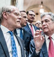 Riksbankschefen Stefan Ingves och Fed-chefen Jerome Powell under Riksbankens 350-årsjubileum Lars Pehrson/SvD/TT / TT NYHETSBYRÅN
