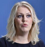 Socialminister Lena Hallengren under en digital pressträff i Rosenbad, 21 januari. Jessica Gow/TT / TT NYHETSBYRÅN