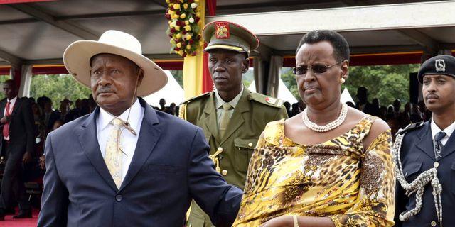 President Yoweri Museveni och hans fru Janet. Stephen Wandera / TT / NTB Scanpix