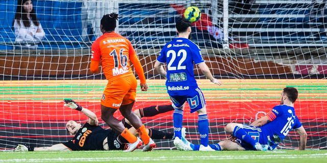 Samuel Nnamai gör 1–0. KENTA JÖNSSON / BILDBYRÅN