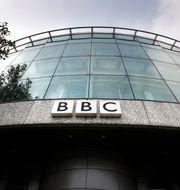 BBC:s hjälporganisation sparkar sex efter att de porrsurfat eller begått sexuella övergrepp. Arkivbild. Kirsty Wigglesworth/AP/TT
