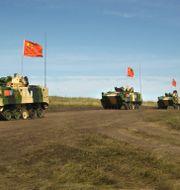 Arkivbild från en tidigare gemensam militärövning som de två länderna höll i Ryssland 2007.  Anonymous / TT NYHETSBYRÅN