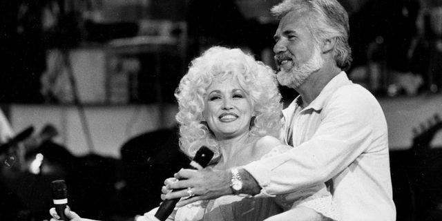 Kenny Rogers och Dolly Parton 1983. DOUG PIZAC / TT NYHETSBYRÅN