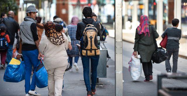 Nyanlända flyktingar anländer till Malmö i september 2015. Anders Wiklund/TT / TT NYHETSBYRÅN