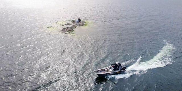 Här käkar du middag – mitt i havetNu kan du käka middag mitt i havet på Åland rundbergsstugor.ax/dinner-in-the-sea/