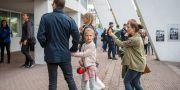 Prinsessan Estelle med föräldrar på plats i Ullevi Jonas Lindstedt/TT / TT NYHETSBYRÅN