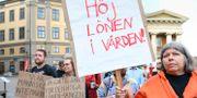 Undersköterskeuppropet manifesterar på Mynttorget i förra veckan.  Fredrik Sandberg/TT / TT NYHETSBYRÅN