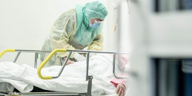 Sjuksköterska i Åbo, Finland. RONI LEHTI / TT NYHETSBYRÅN