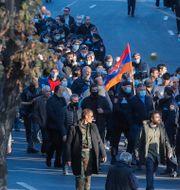 Bild från protest tidigare i november.  Dmitri Lovetsky / TT NYHETSBYRÅN