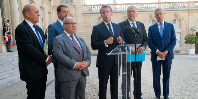 Macron med europeiska kollegor på dagens pressträff. Michel Euler / TT NYHETSBYRÅN/ NTB Scanpix