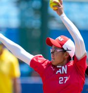 Japans Miu Goto under softballmatchen mellan Japan och Australien Jae C. Hong / TT NYHETSBYRÅN