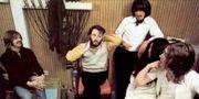 The Beatles och Yoko Ono i studion. Courtesy Apple Corps Ltd
