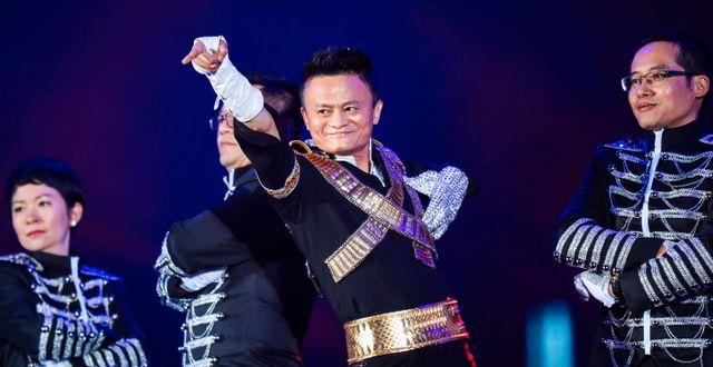 Arkivbild: Jack Ma uppträdde under Alibaba Annual Party i Huanglong-arenan i Hangzhou 2017.  STR / AFP
